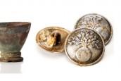 objets de la Grande Guerre (bol, insignes, gourde)