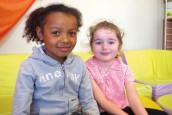 Maëlle et Séléna parlent de leur journée au centre de loisirs